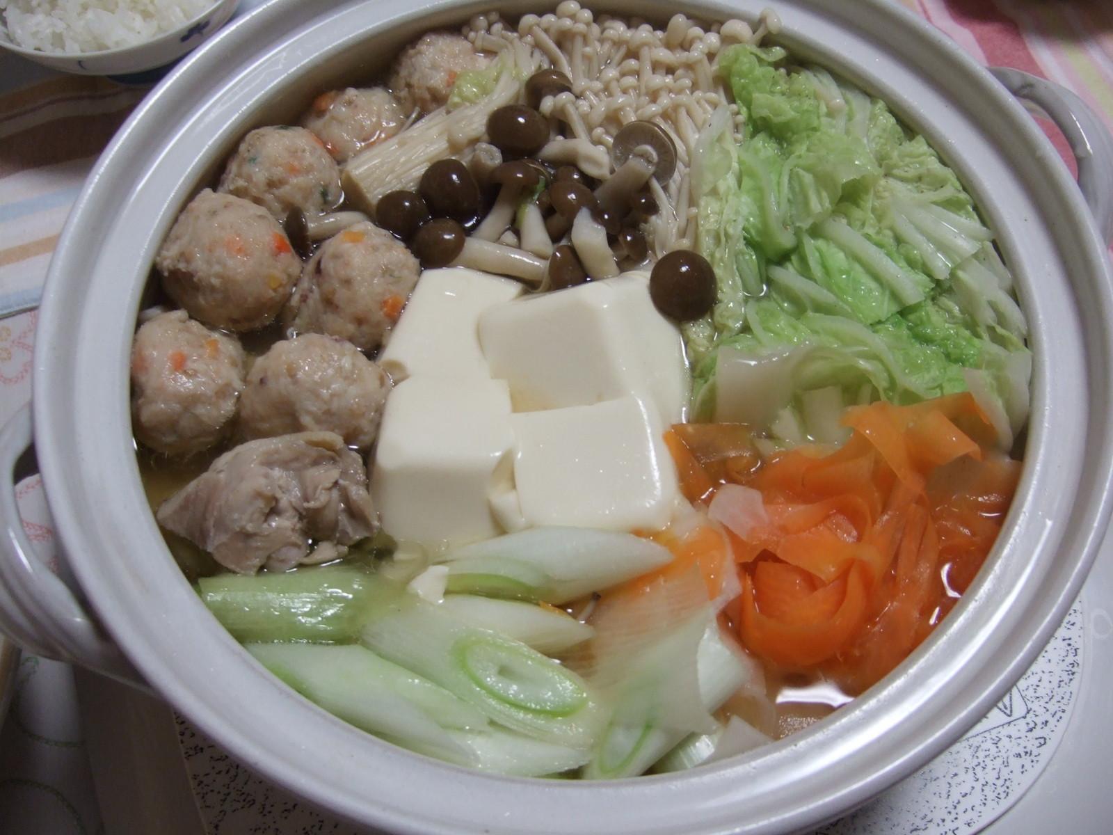 夕飯:肉団子鍋 12/19: うちのご飯とおいしいもの日記